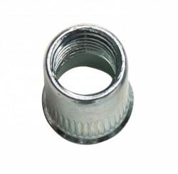 Ecrou à sertir tête cylindrique réduite , moleté débouchant M10 épaisseur à sertir 0.8 à 3.5mm acier zingué blanc